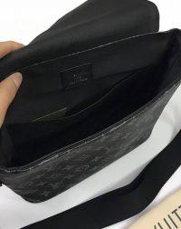 Cặp đeo chéo nam Louis Vuitton